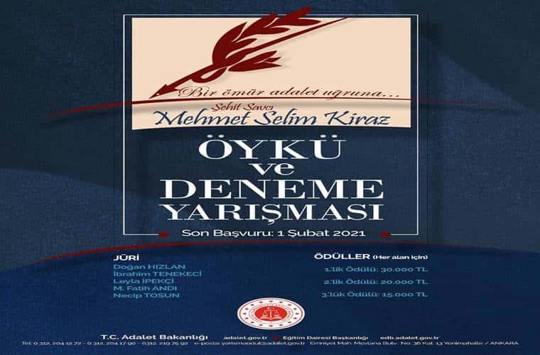 Mehmet Selim Kiraz Öykü ve Deneme Yarışması duyuru görselidir. Görselde eski kaz tüyü görünümlü dolma kalem görülmektedir.